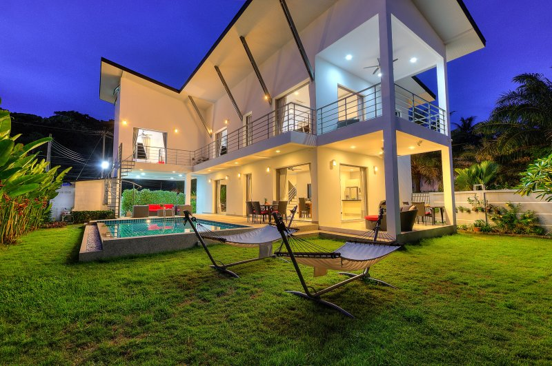 Rear Private Pool view by night