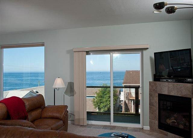 Praia Condo Living Room