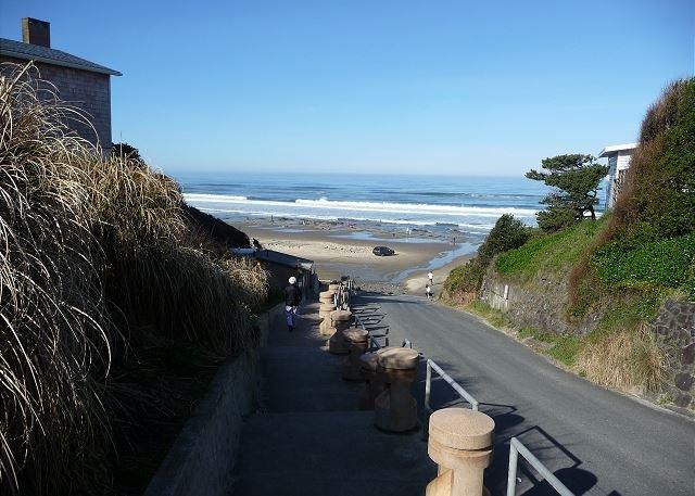 Acceso a la playa de la costa de Oregon