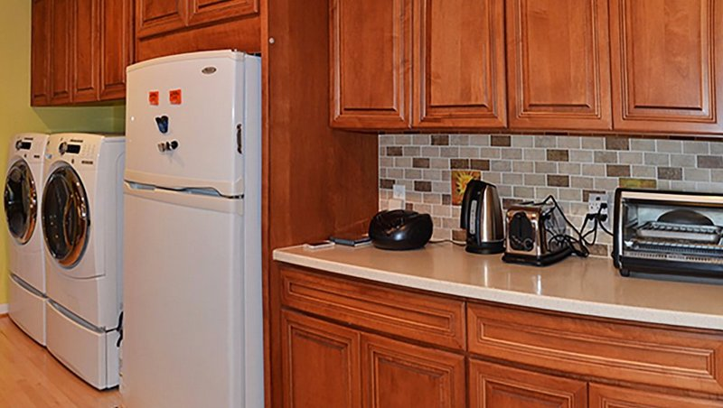 Canyon Inn Downtown - Room #2, holiday rental in Espanola