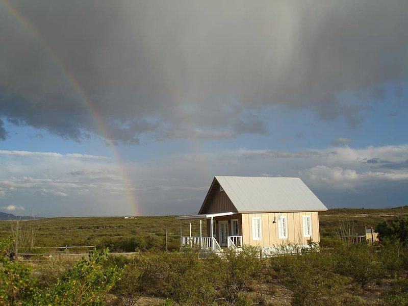 Doppelter Regenbogen auf Regenbogen-Straße