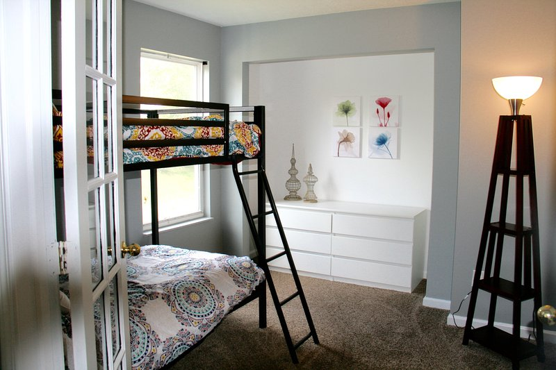 Westfield, 5 min from Grand Park, Sleeps 10,, vacation rental in Noblesville