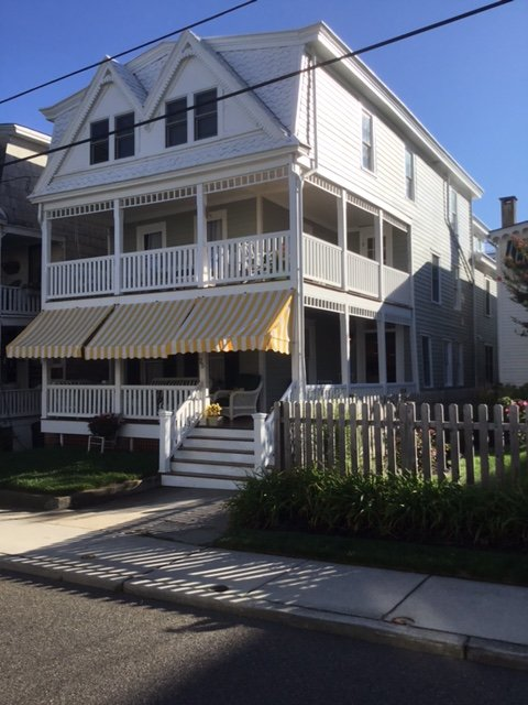 25 Windsor Ave +-1/2 block to beach, alquiler de vacaciones en Cape May
