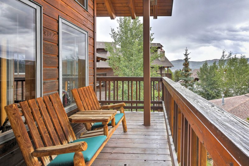 The Colorado mountains await at this ski-in/ski-out 4-bedroom, 3-bathroom vacation rental condo nestled in Breckenridge!