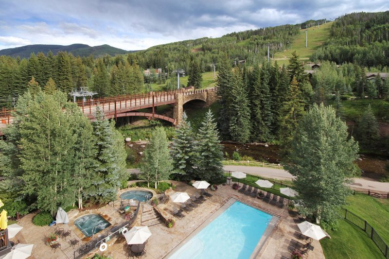 Bridge,Hotel,Resort,Yard,Outdoors
