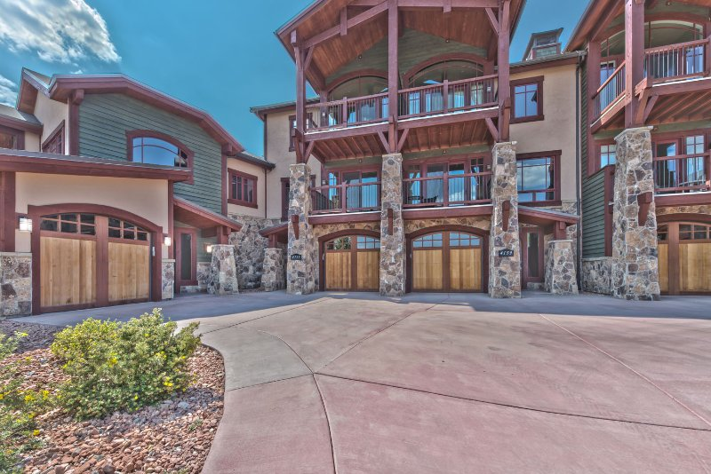 Park City Fairway Springs with 1-Car Garage