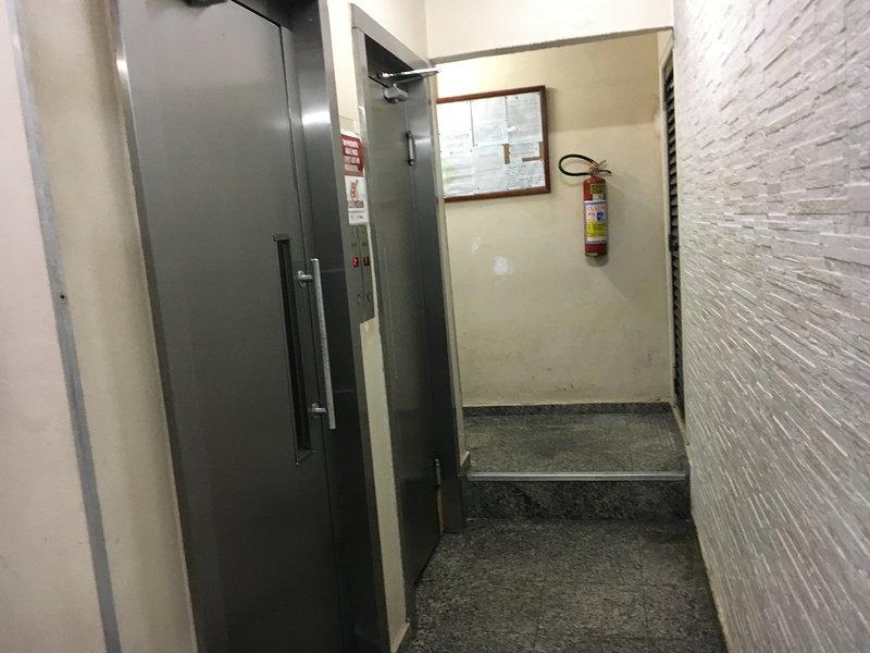 Bâtiment (2 ascenseurs)