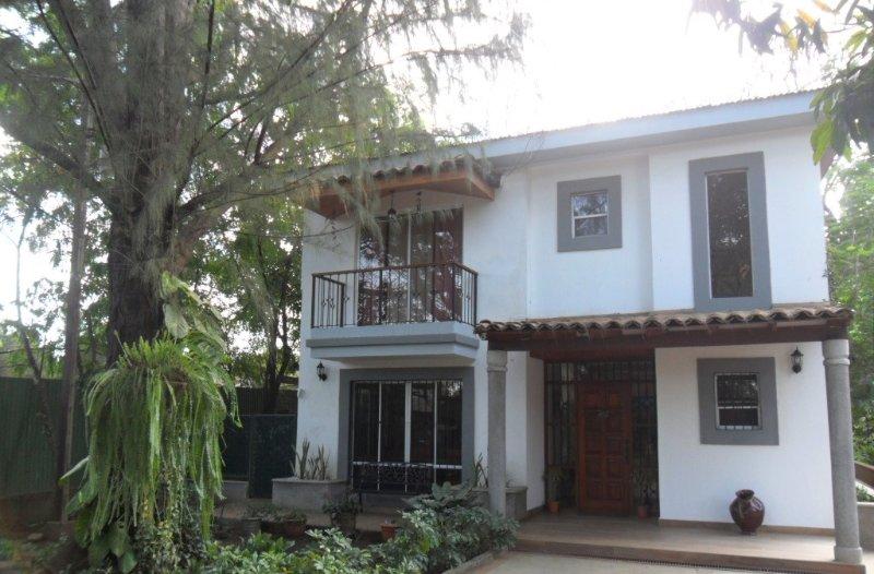 Hermosa Casa y Naturaleza! Buenos Días B&B, aluguéis de temporada em Managua Department