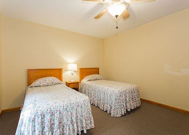 Basement bedroom 2 twins