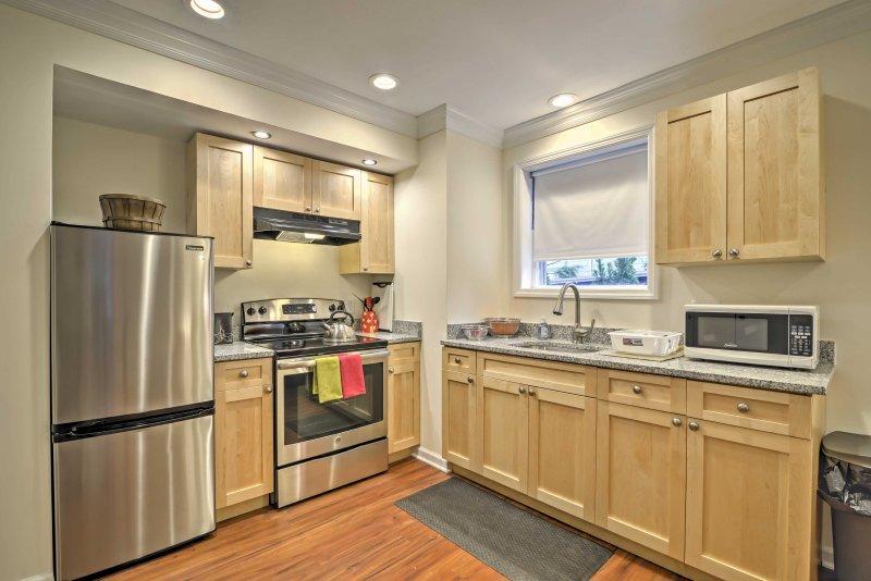 Hornear un convite en el horno para llenar la casa con un olor dulce.