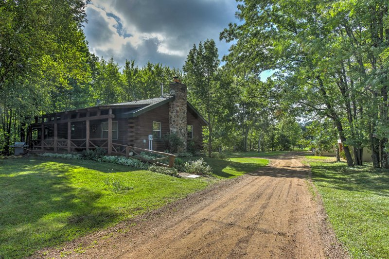 Une escapade à la campagne vous attend dans ce confortable chalet de vacances de 4 chambres Mosinee.