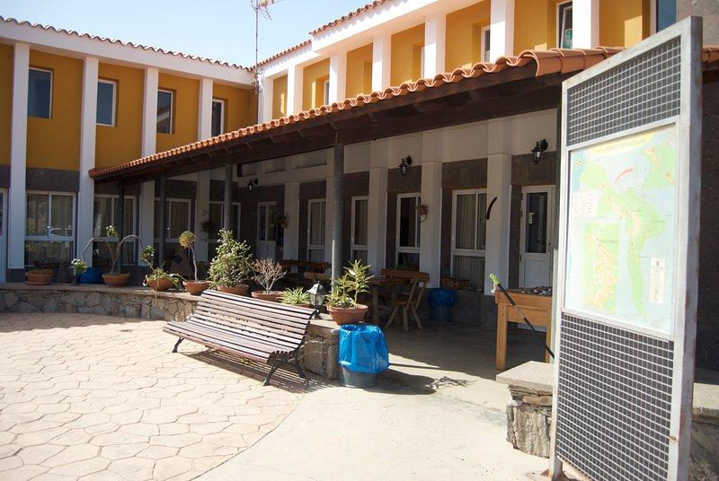 Hoste-Albergue La Hoyilla, casa vacanza a La Aldea de San Nicolas de Tolentino