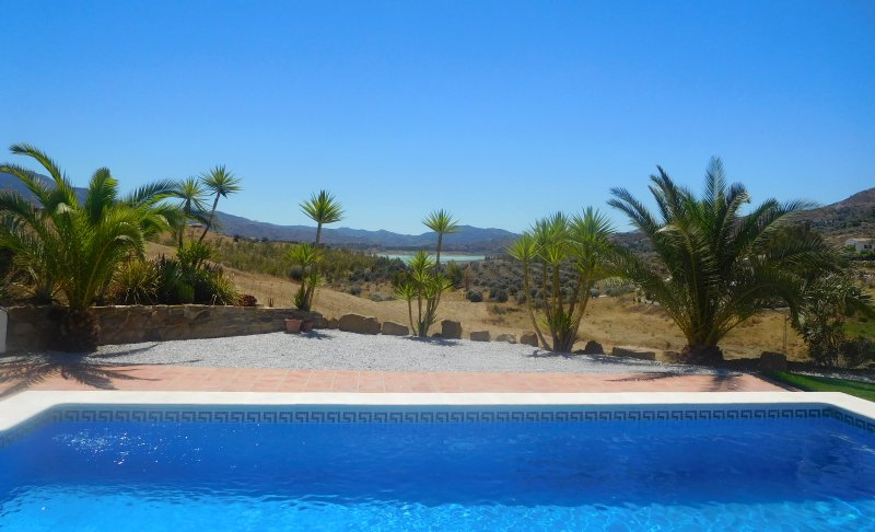 Uninterrupted views from this superb 4 bedroom detached villa