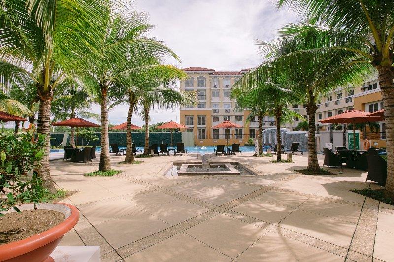 Kara Condotels 2BR units, vacation rental in Cebu City