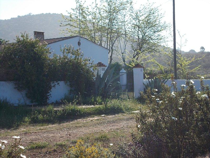 Finca El Chorrillo COTTAGE. Vakantiewoning in de natuur, casa vacanza a Trujillanos