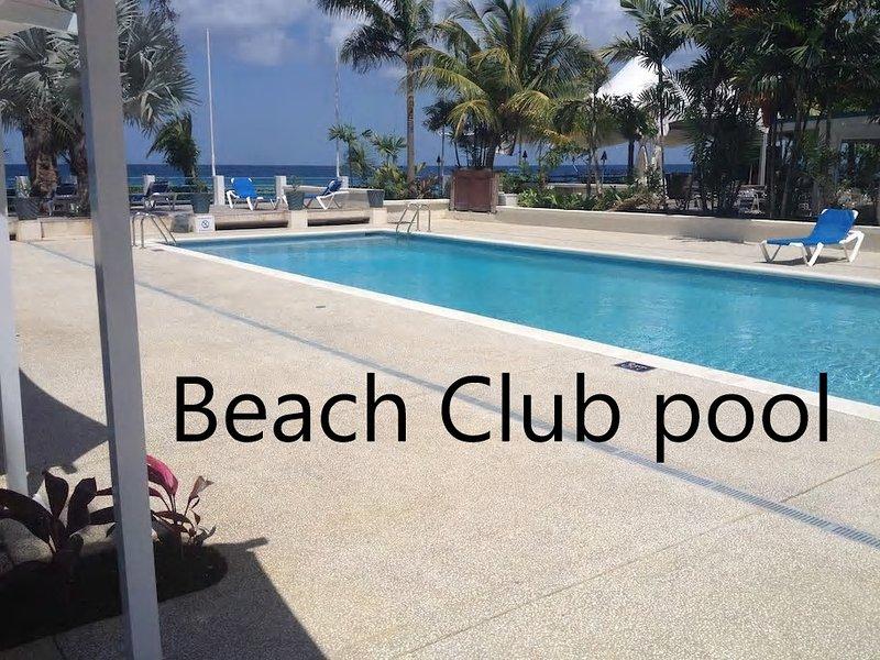 acceso gratuito a la piscina Beach Club