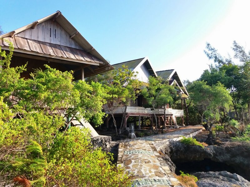 Hoga Home Stay Room 1 (1 Single), vacation rental in Sulawesi