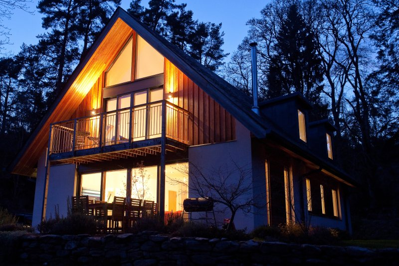 A stylish modern house situated in the heart of Highland Perthshire