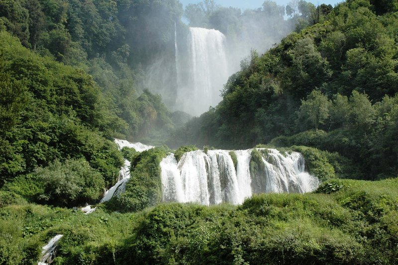 Cascata delle Marmore 7 km from a silent house