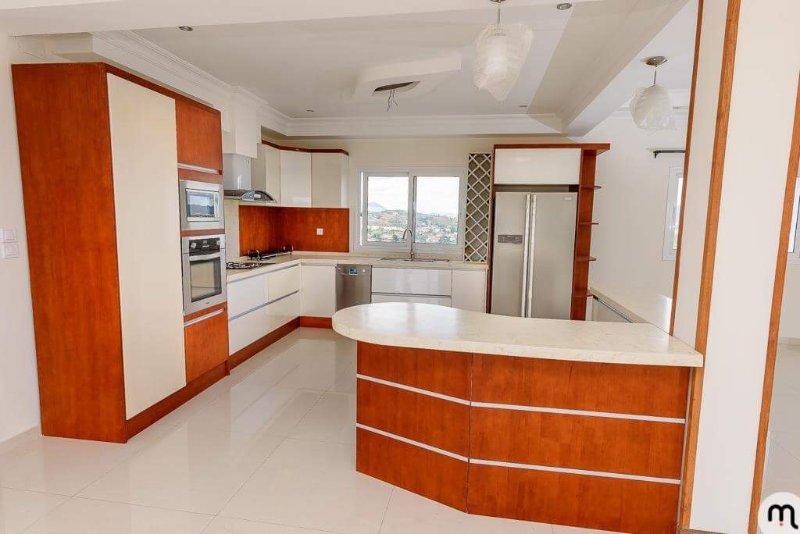 Location appartement meublé, Moderne et confort avec une vue imprenable., alquiler de vacaciones en Antananarivo