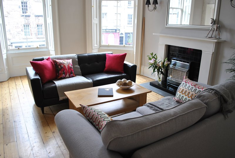 Lounge - bright double windows looking out onto Broughton Street, perfect for people watching!