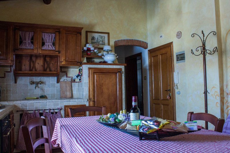 Casa Ruggeri in Tuscany, vacation rental in Gambassi Terme