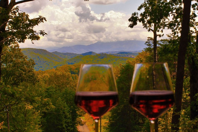 Savor the sights of the Smoky Mountains