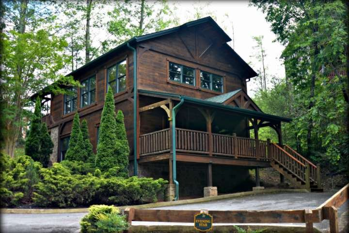 Enjoy your Smoky Mountain Getaway at Evening Star!