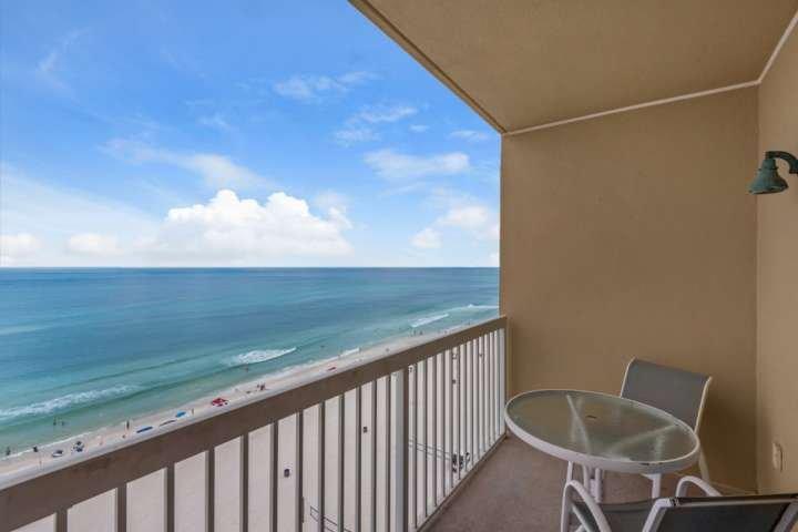 Eigen balkon met een prachtig uitzicht op de Golf van Mexico
