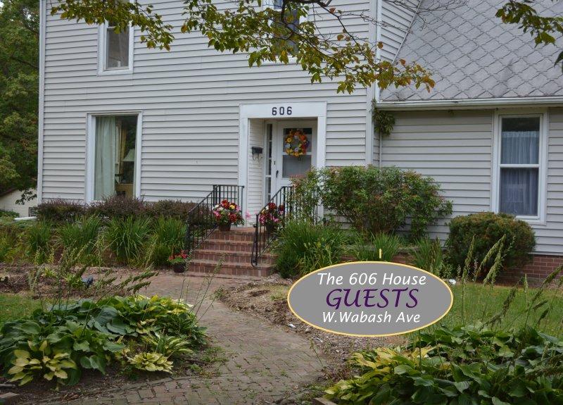 606 W. Wabash Ave Casa. Por Campus Wabash College. Conveniente, cómodo, limpio. Park & paseo