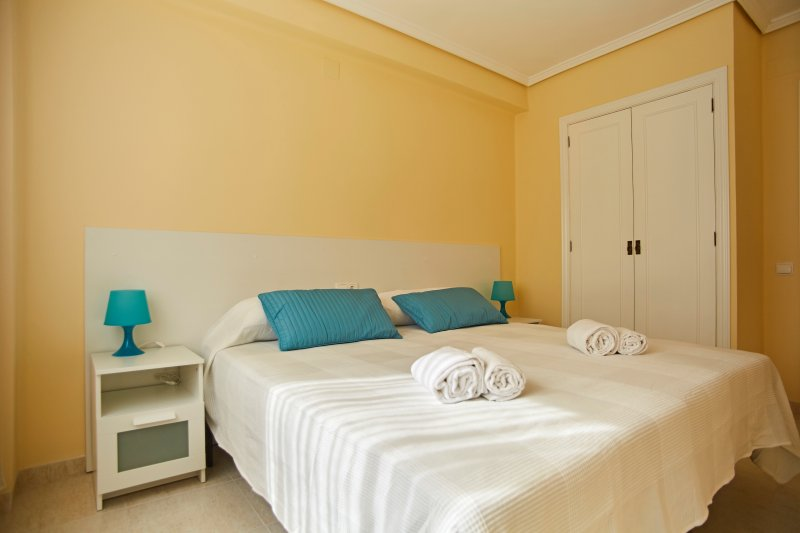 Master bedroom with 2 single beds 90x190 cm. Master Bedroom with 2 single beds 90x190cm