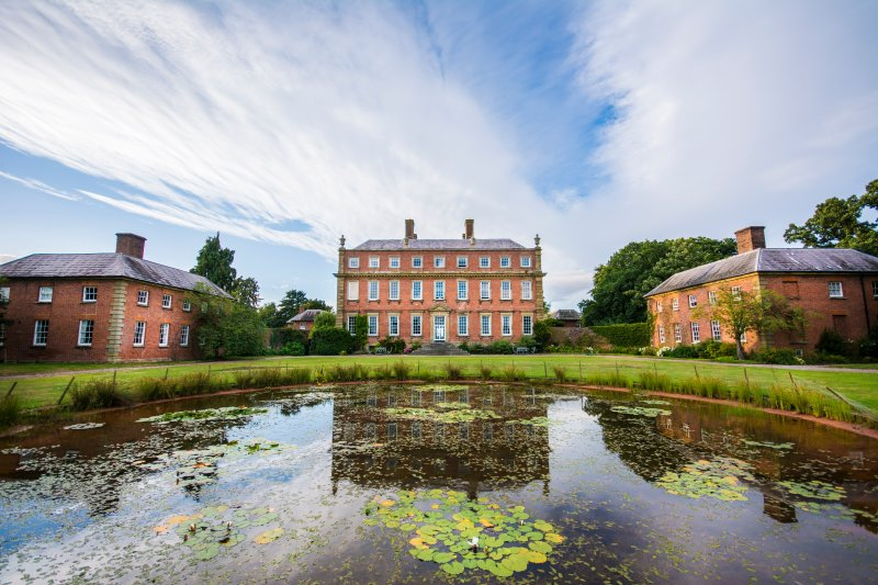 Davenport House B&B-Room 1, vacation rental in Wombourne