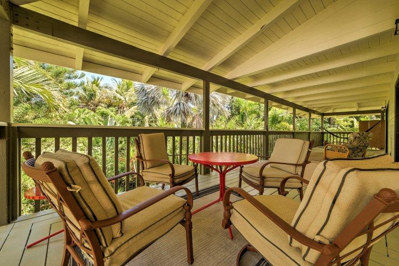 Échapper à cette 2 chambres, 2 salles de bains appartement de location, situé dans le district de la vie marine Wai'Opae conservation de Pahoa.