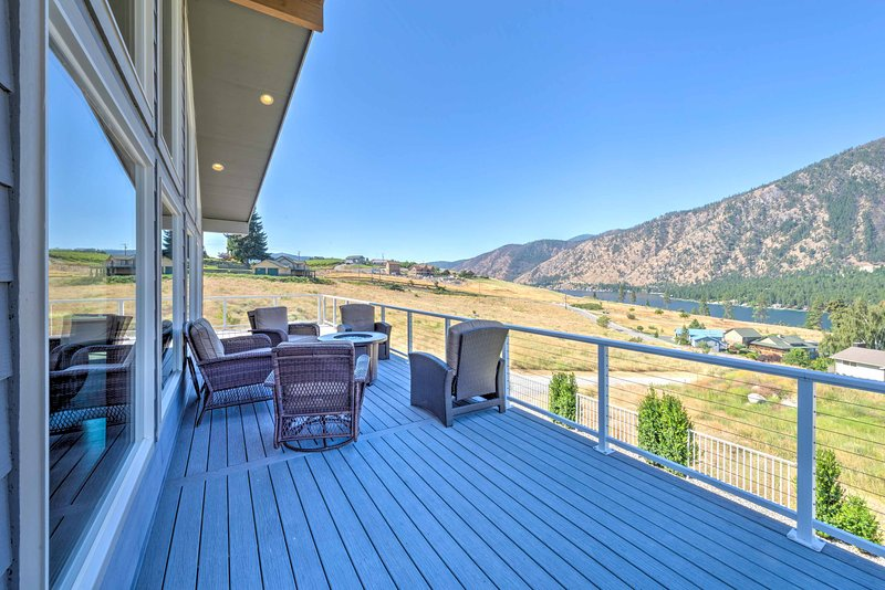 A relaxing retreat awaits you at this vacation rental in Manson.
