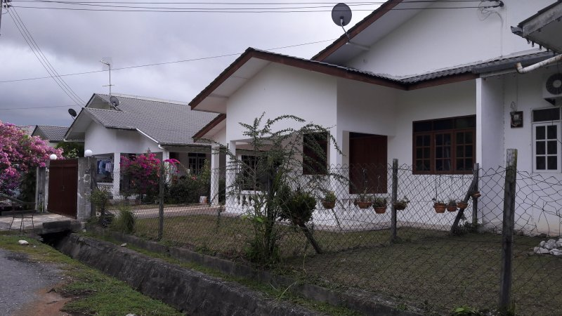 Traveler's Home in Miri, location de vacances à Sarawak