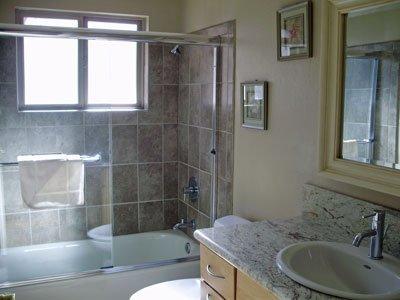 Sink,Bathroom,Indoors,Tub,Furniture