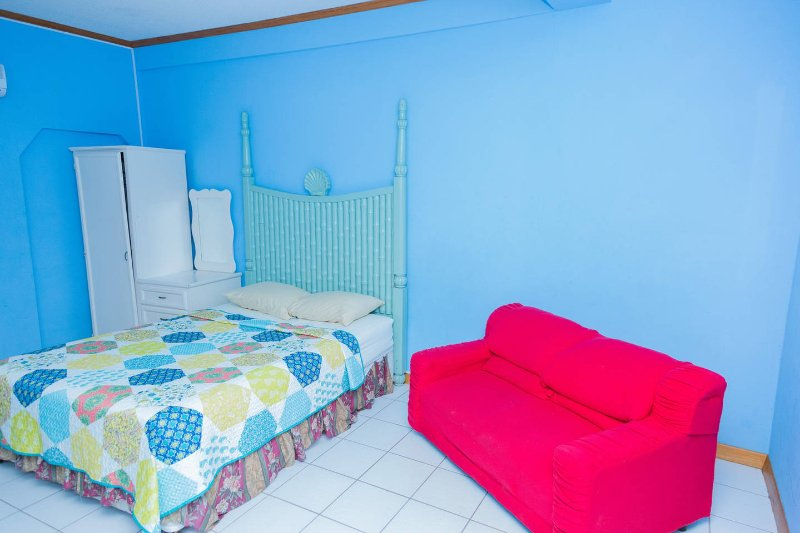 Hewanorra Gardens Room1, holiday rental in Vieux Fort