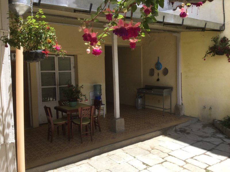 EverydayAVolcano! 2-Bedroom Cottage with en suite private bath, casa vacanza a Altopiani occidentali
