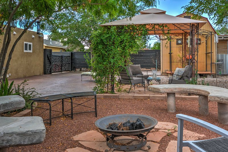 Enjoy the traditional southwestern styling, including stucco exterior and walled front courtyard.