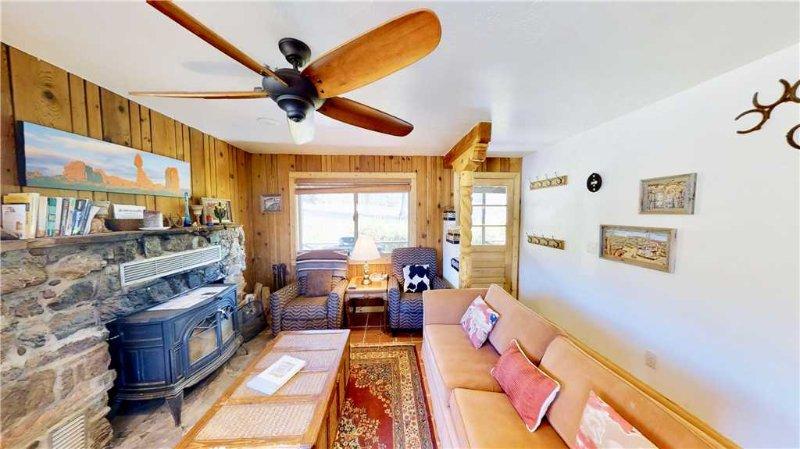 Pack Creek ~ Farm House, location de vacances à La Sal