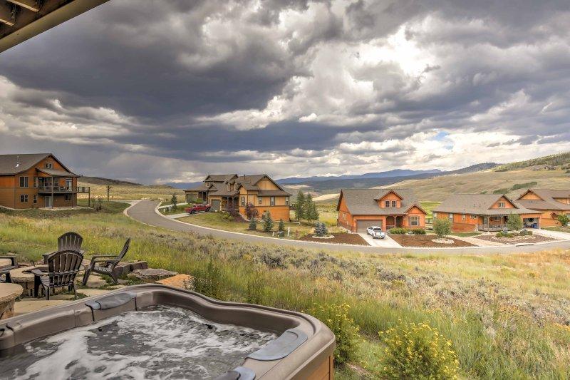 Fuja para as belas montanhas do Colorado reservando esta casa de 4 e 4 banhos.