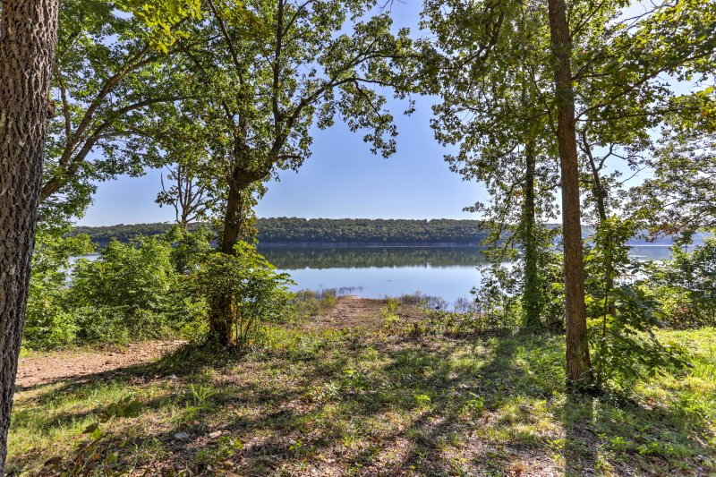Enjoy incredible views of Bull Shoals Lake from this vacation rental.