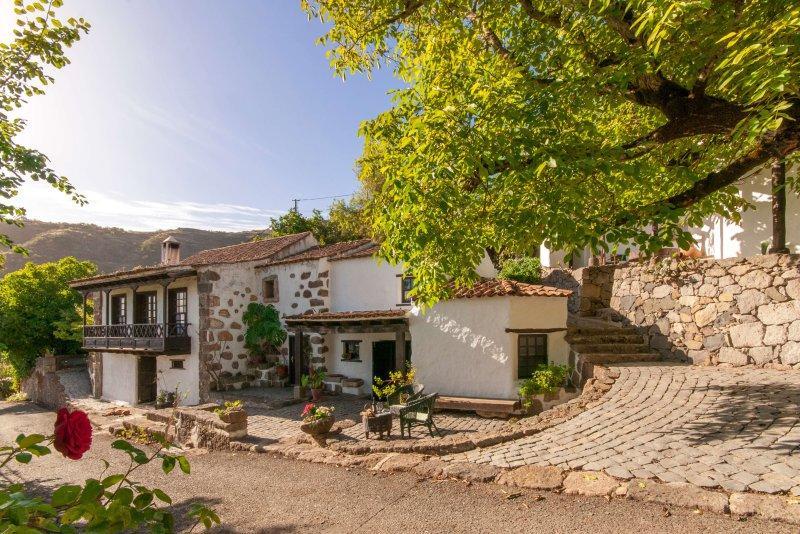 Cosy holiday cottage in San Mateo, holiday rental in Cruz de Tejeda