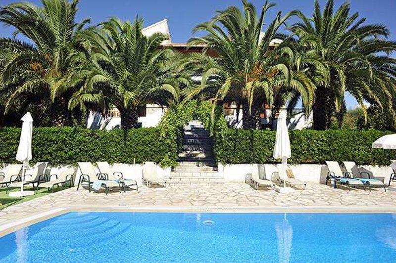 Cochelli Villas ( Upper Floor), holiday rental in Avlaki