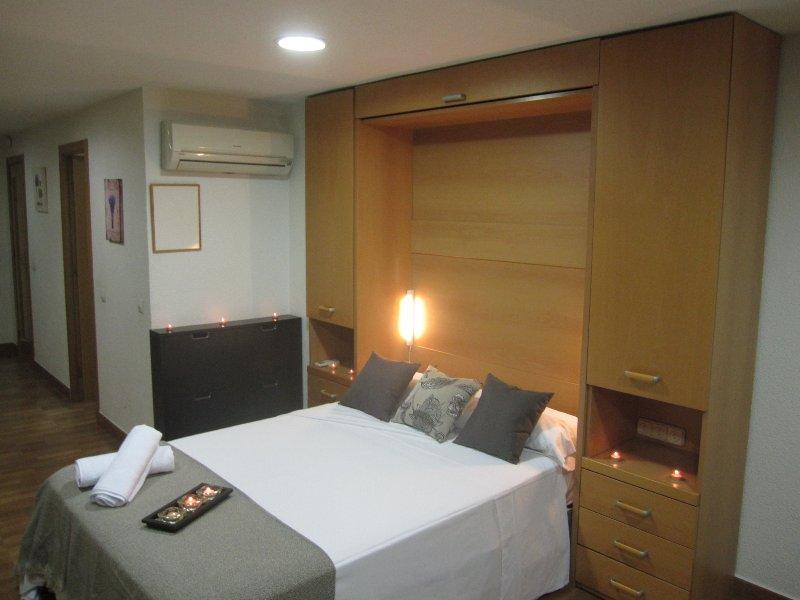 LOFT 302: Right in the Centre of Alicante, holiday rental in San Isidro de Albatera