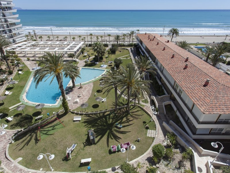 Sol & Playa: Awesome San Juan Beach Views, vacation rental in Sant Joan d'Alacant