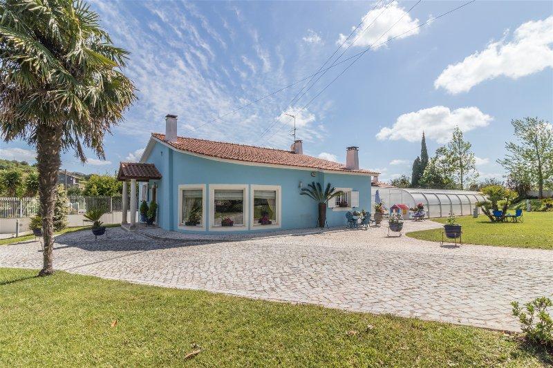 Casal das Oliveiras - Alojamento de luxo, Alcobaça, alquiler vacacional en Turquel