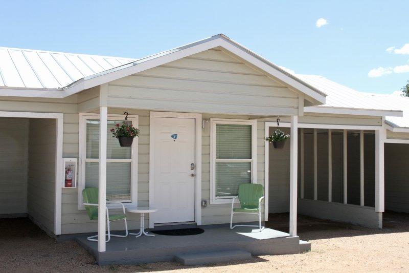 River Trail Cottages Motor Court #3, alquiler de vacaciones en Kerrville