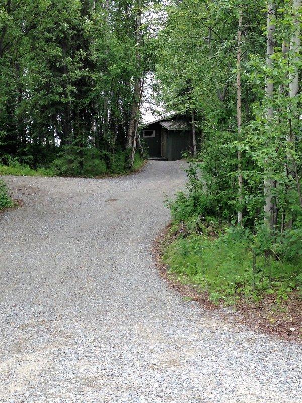 Ruas são mantidos pelo município para o acesso durante todo o ano.