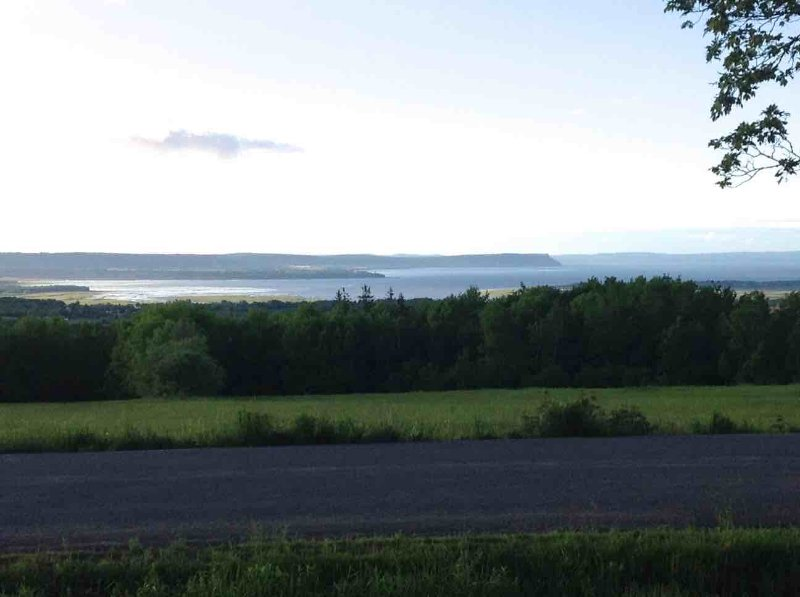 Beautiful Valley View House, holiday rental in Wolfville